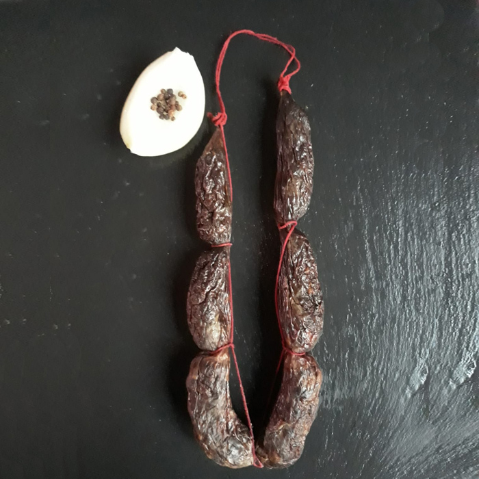 Morcillas de cebolla con picante secas